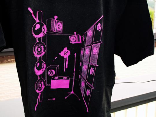 ロックTシャツ「スピーカールーム」 サンプルフォト
