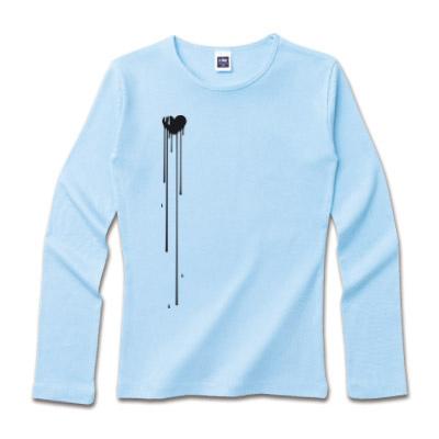 ブルーのロングシャツ キュートなワンポイント